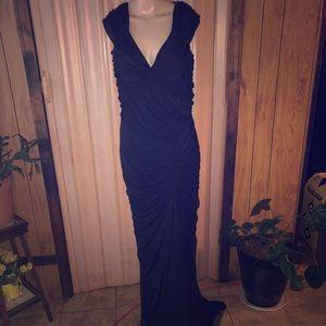 💖Tadashi Shoji💖 Gown size Large